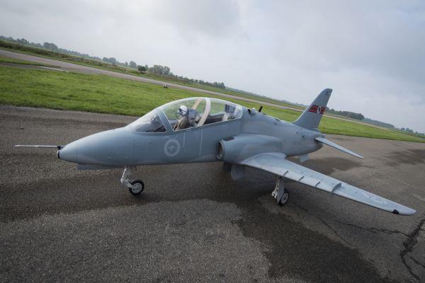 Hawk XXXL 1:2,5, 3,8m, Voll GFK/CFK Bausatz weiß